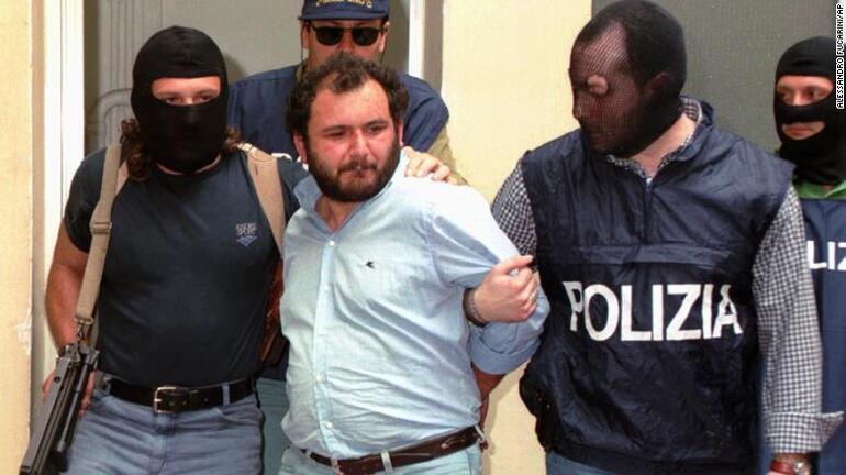 İtalyada insan kasabı lakaplı Cosa Nostra mafyası üyesinin tahliyesine tepki: Adalet bu değil