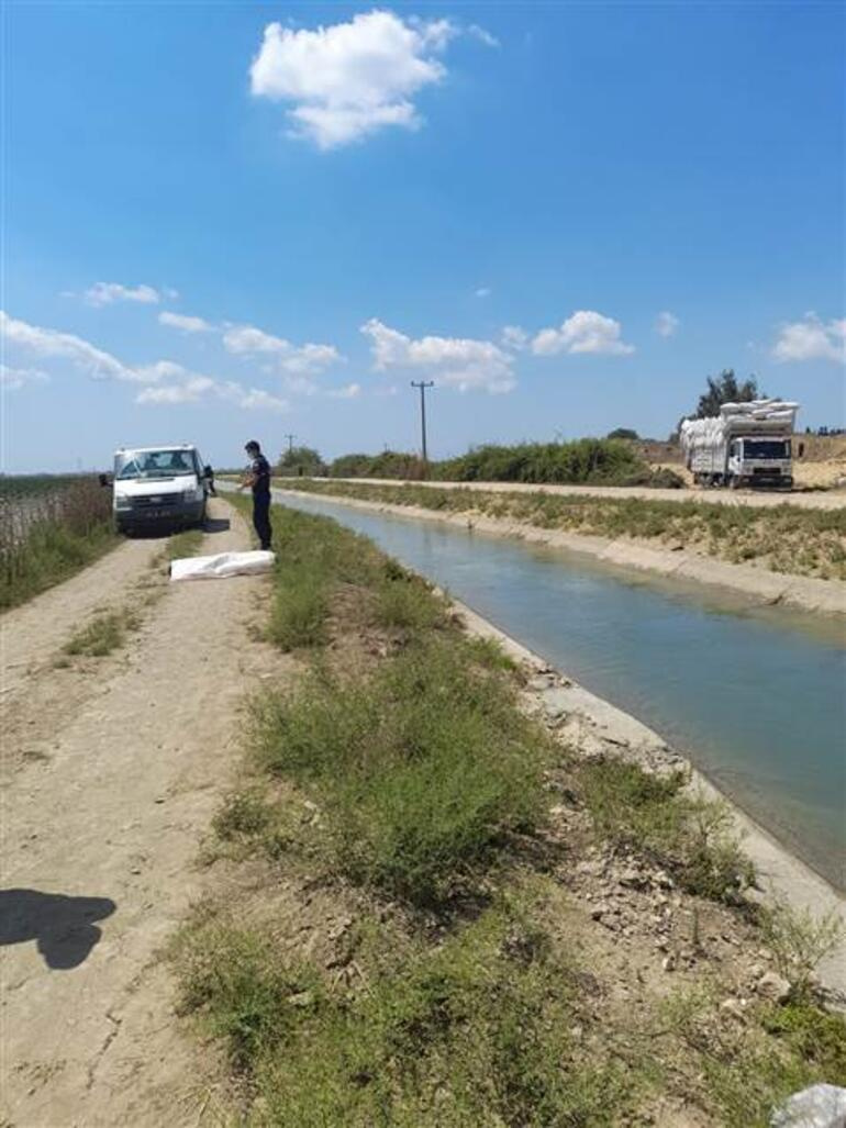 Adanada feci kaza Araç sulama kanalına uçtu, kahreden haber geldi