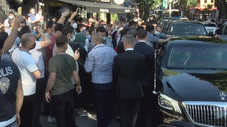 Cumhurbaşkanı Erdoğan, Çengelköy'de vatandaşlarla sohbet etti