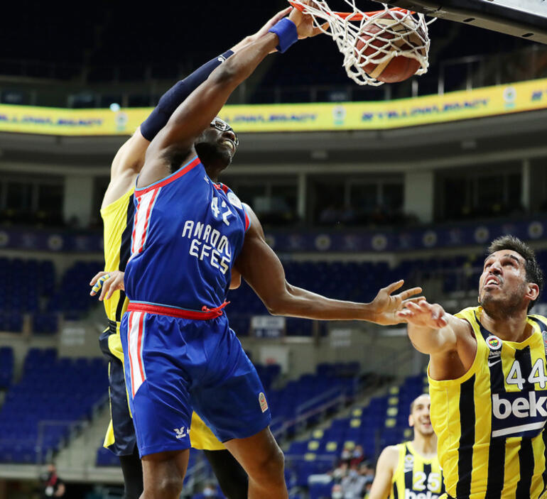 Son Dakika: Fenerbahçe Bekoyu deviren Anadolu Efes, Basketbol Süper Liginde şampiyon oldu
