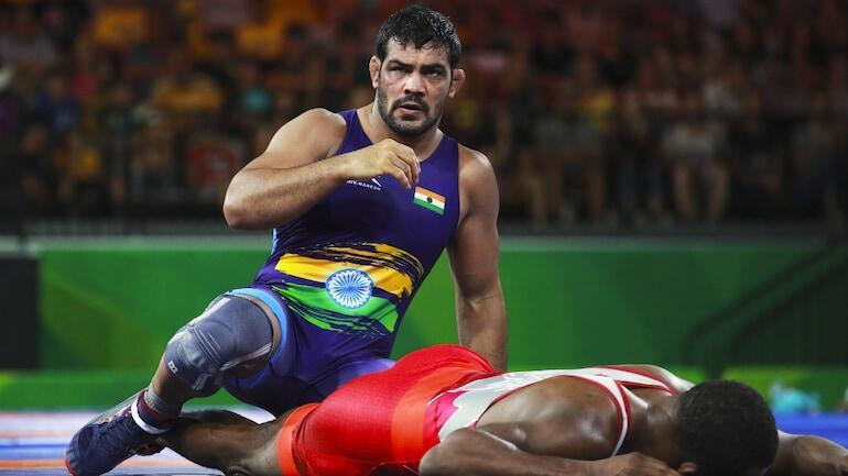 Dünya şampiyonu güreşçi Kumar cinayetle suçlanıyor