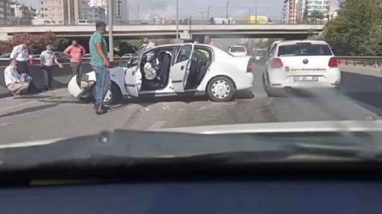 Adanaya mülakat için gelen 5 milli eğitim müdürü, kazada yaralandı
