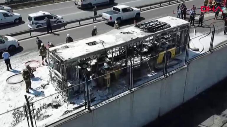 Son dakika: Bayrampaşada İETT otobüsü alev alev yandı
