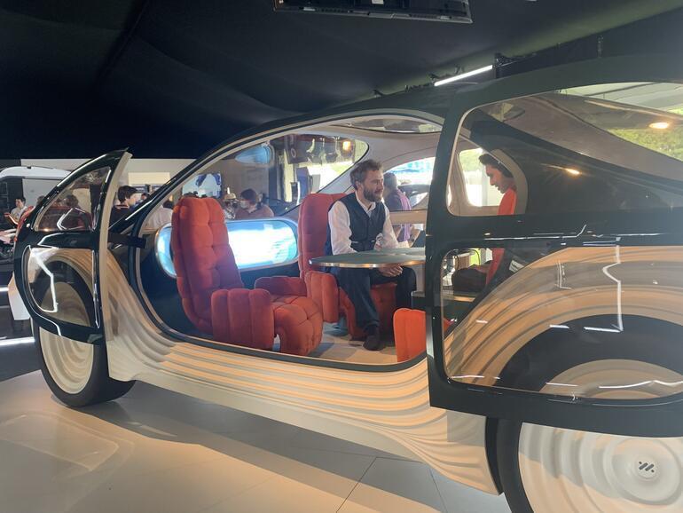 Dünyanın en ilginç otomobili tanıtıldı Öyle bir özelliği var ki...