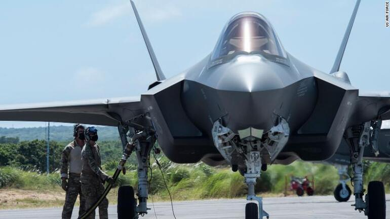 ABD'den Çin'e gözdağı: Pasifike düzinelerce F-22 savaş uçağı gönderecekler