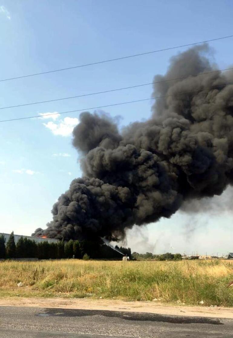Son dakika... Tekirdağ'da geri dönüşüm fabrikasında yangın