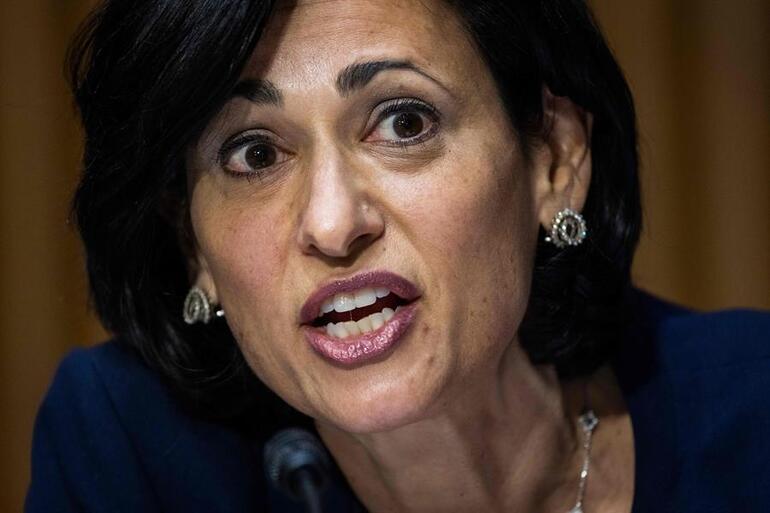 CDC Direktöründen çok konuşulacak sözler: Bu artık aşısızların salgını haline geldi