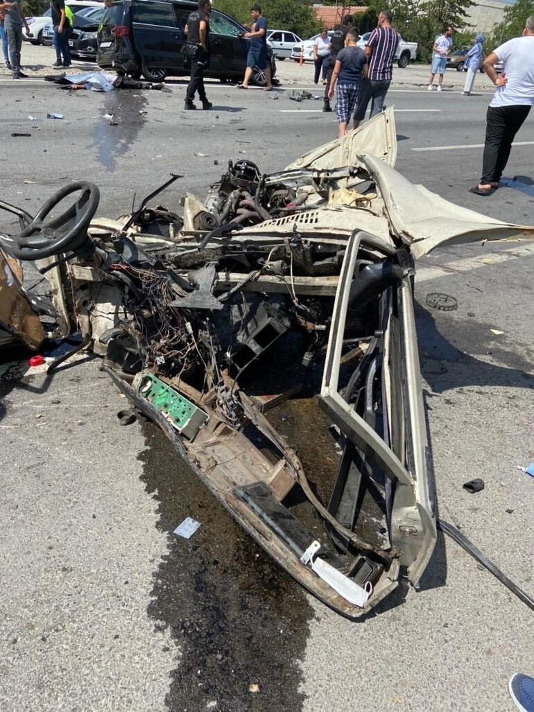 Korkunç kaza Araç bu hale geldi: 1 kişi hayatını kaybetti