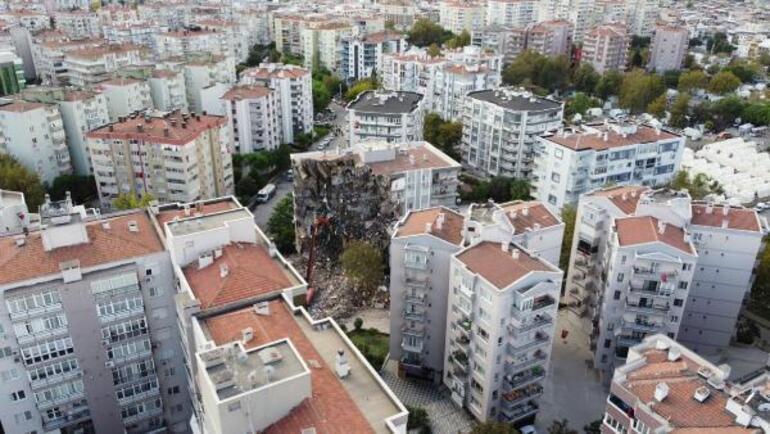 Son dakika... İzmir Karaburundaki depremlerin ardından korkutan sözler Prof. Dr. Övgün Ahmet Ercan uyardı