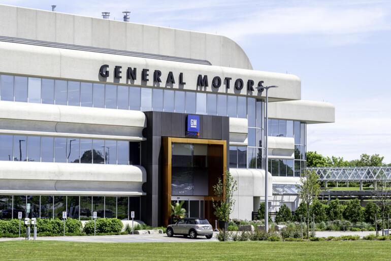 Bir otomotiv devi daha duyurdu Birçok ülkede üretim durdurma kararı aldı