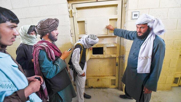 5 bin mahkûma ne oldu İşte o işkencehane Afganistandaki Guantanamo...