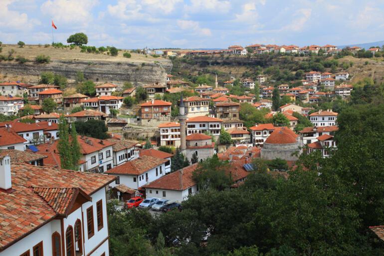 Birkaç saatte sonbahara kaçış... İstanbul, Ankara ve İzmire yakın 12 adres